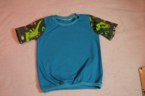 shirt blau-dino grau