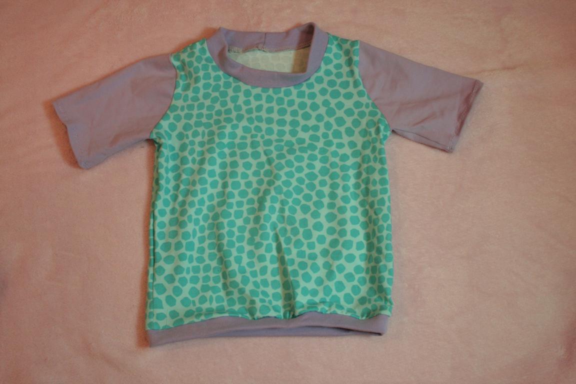shirt türkis giraffenmuster-grau